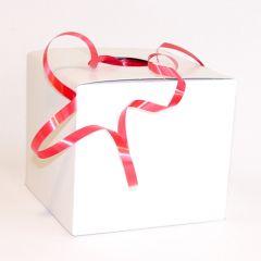 Muovinauha laatikossa, punainen